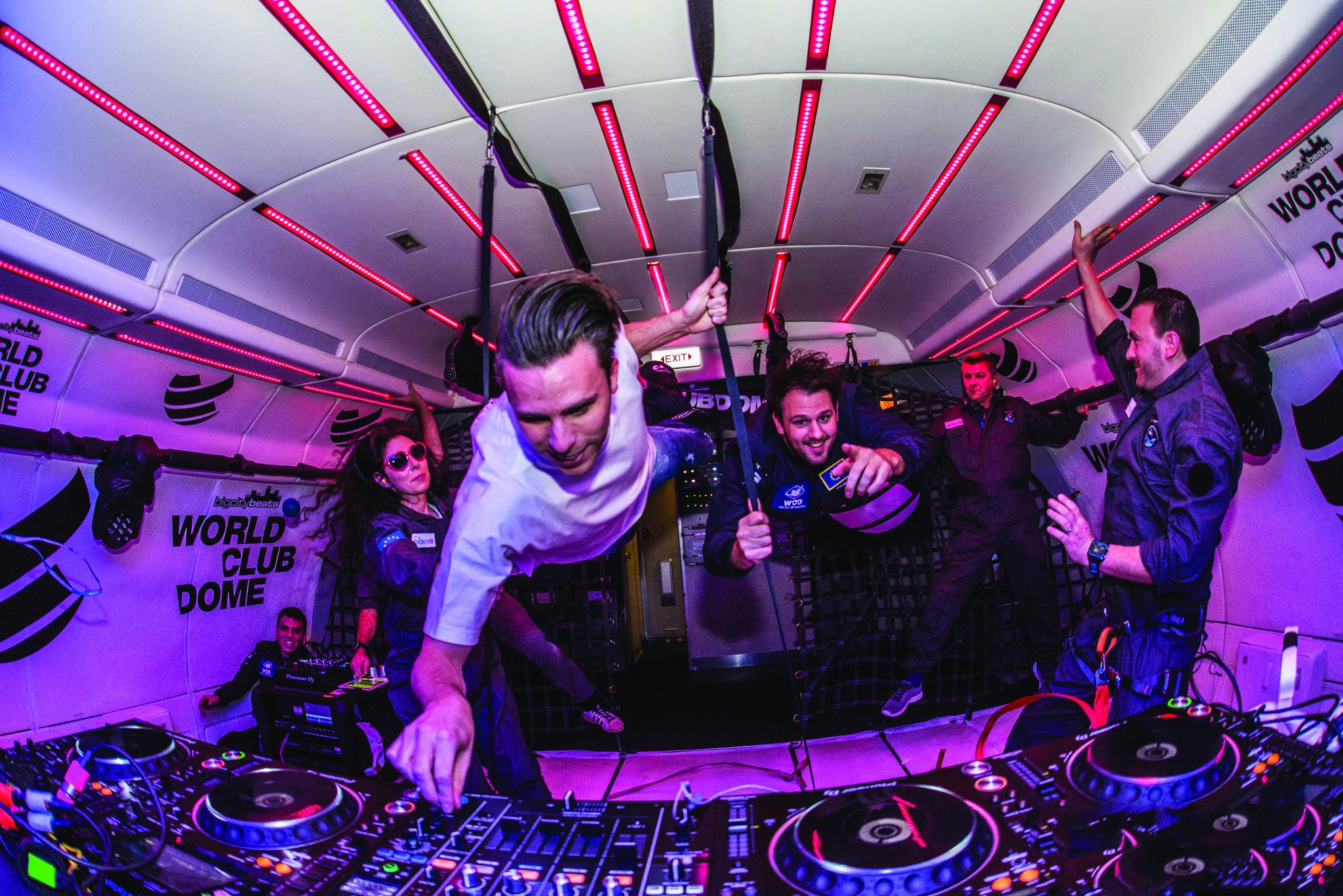 DJ set nello spazio