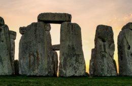 Stonehenge ePaul Oakenfold